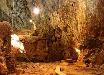 Un crâne humain de 170 000 ans à la grotte du Lazaret