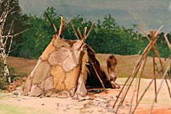 La Vie à Laetolia Tipi-pincevent-12000-ans