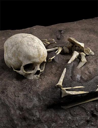 ossements-sepulture-panga-ya-saidi